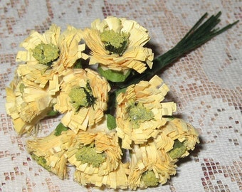 Paper Flowers 12 Pale Yellow Millinery Asters Blossoms