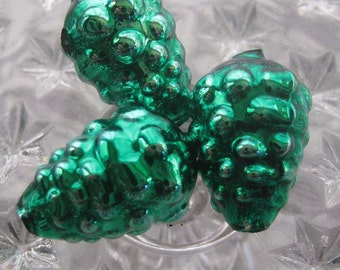 3 Green Glass Garland Beads Christmas Garland Beads Czech Republic  052GR