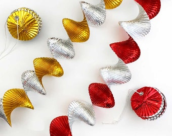 2 Pull Out Sweden Foil Virvateller Christmas Expandable Garlands Decorations Ornaments