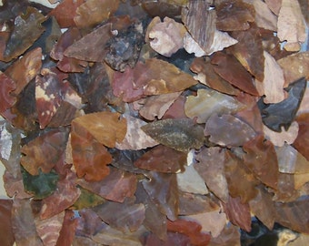 "5 Quality Hand Knapped 1 1/4"" - 2"" Agate Arrowheads for Jewelry and Crafts"