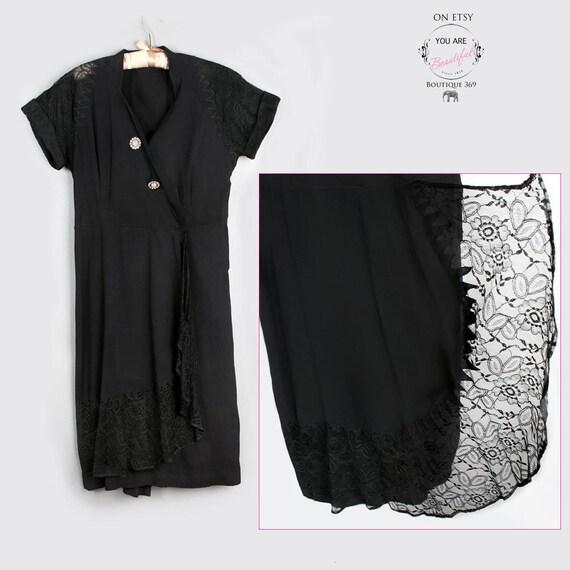 Large SIZE Vintage Black Dress 1940's, 1950's Lace