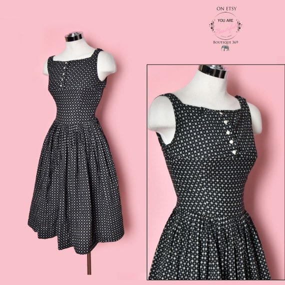 Snowflakes & HEARTS Vintage Dress, Black and White