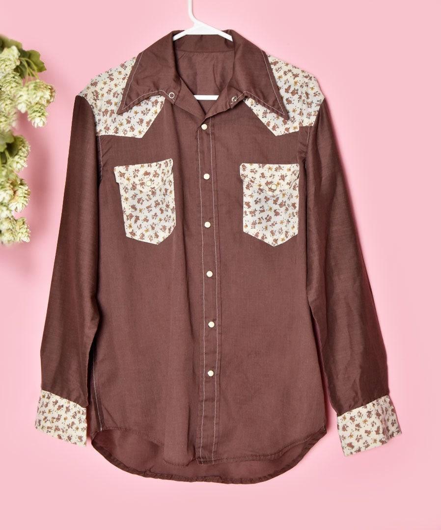 1970s Men's Shirt Styles – Vintage 70s Shirts for Guys Mens Vintage Western Shirt, Brown Floral Print, Metal Pearl Snap, 1970s Oxford, Long Sleeves, Rockabilly $38.25 AT vintagedancer.com