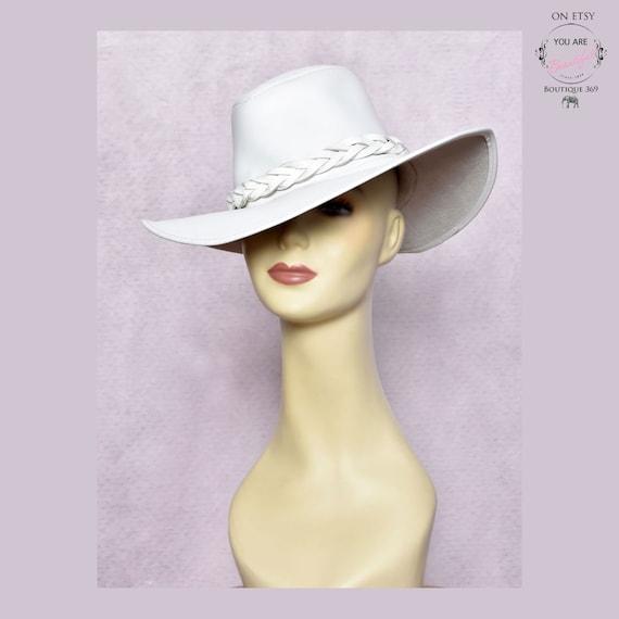 White LEATHER Fedora Hat * RARE * Vintage 1960's -