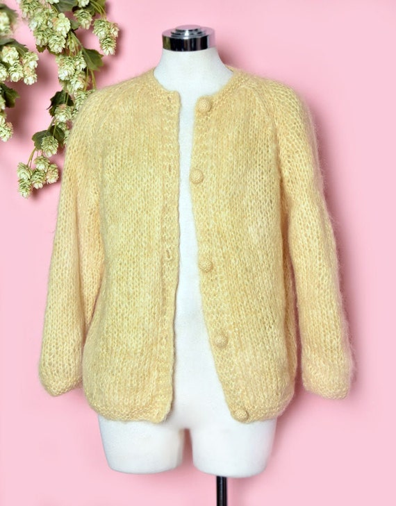 SOFT Yellow Gold MOHAIR Cardigan Sweater, Vintage