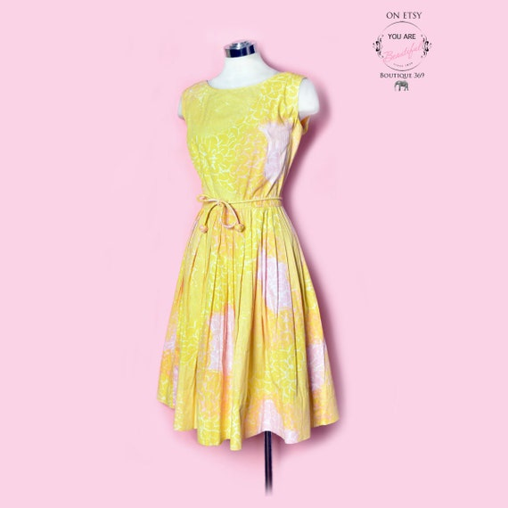 Yellow & Pink Carnation Print Sun Dress, Vintage D