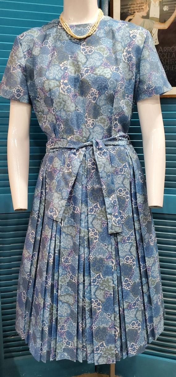 1950's Blue Floral Cotton Day Dress Rockabilly Sw… - image 1
