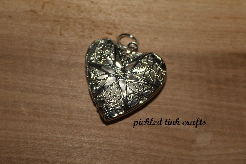 1 inch Heart Shape Aromatherapy Diffuser Locket Stainless Steel