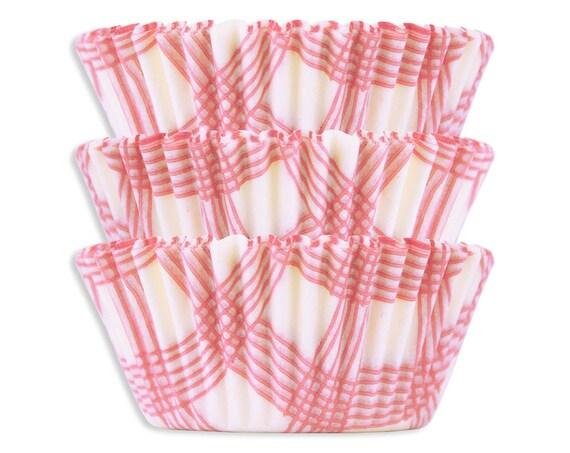 Light Pink Picnic Plaid Baking Cups - 50 pastel pink polka dot cupcake liners