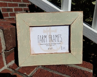 5 x 7 MINT GREEN old vintage wood picture frame