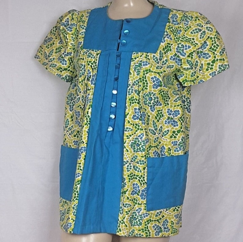 adcac57f79342 Vtg 70's sz M Turquoise & Lime Green Smock Top Tunic Top   Etsy