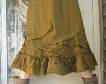 Short Ruffle Skirt