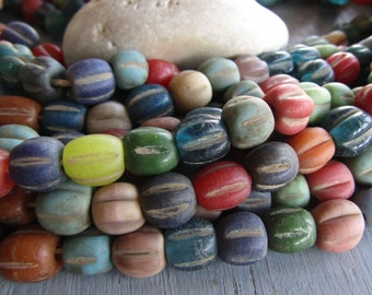 mix no2 round lampwork glass beads, wavy melon opaque and transparent tones, rustic gritty aged look, indonesian 9 to 11mm (24 pcs ) 7ab45-2