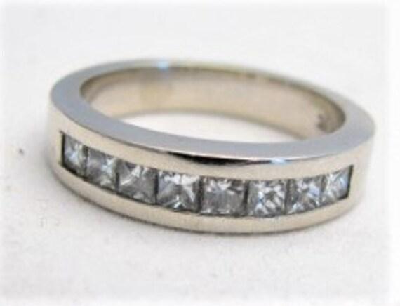Vintage Anniversary Ring 8 Stone Diamond 14 kt white gold Ring,   TCW 1.25 G VS1  diamonds
