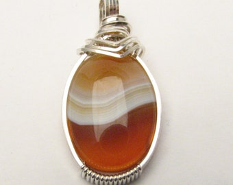 Vintage Handmade Solid Sterling Silver Wire Wrap Red/White Sardonyx Pendant