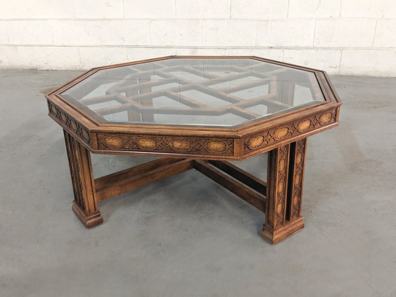 Fretwork Coffee Table.Vintage Chinese Chippendale Fretwork Coffee Table 1980s