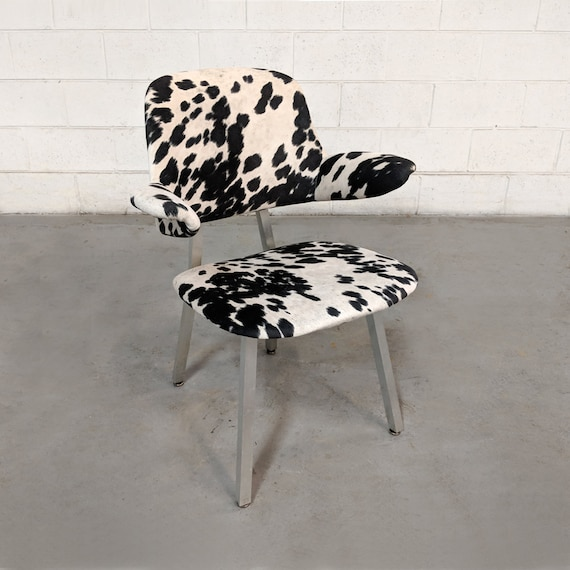 Amazing 30 Sale Restored Mid Century Modern Cowhide Aluminum Frame Chair By Shaw Walker Evergreenethics Interior Chair Design Evergreenethicsorg