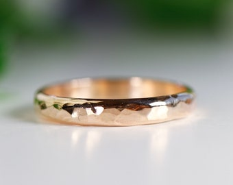 Hammered Gold Wedding Band, 14k Solid Yellow Gold Wedding Band, Thick Gold Band, Hammered Wedding Band
