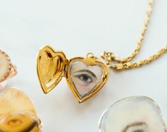 Custom Hand-Painted Eye Locket | Lover's Eye | Miniature painting