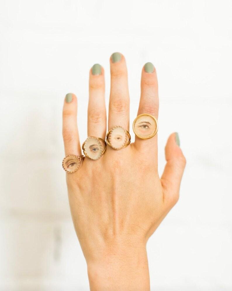 Custom Lover's Eye Ring  Hand-painted image 0