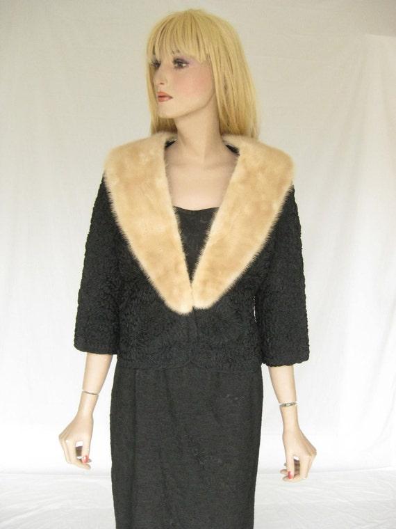 Vintage 50s Mink Collar Jacket.