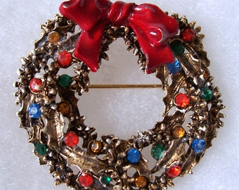 Vintage Rhinestone and Enamel Wreath Brooch Signed Art