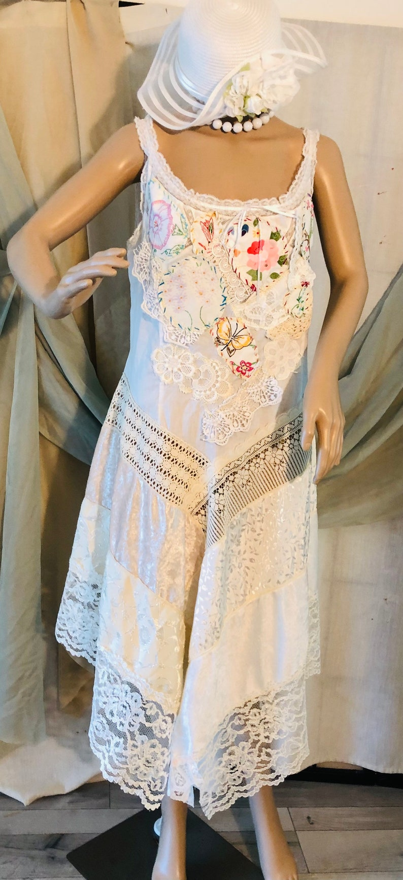 LXL white  Baroque Victorian romantic crochet patchwork needlework embroidered beach  wedding gown magnolia prairie asymmetrical dress.