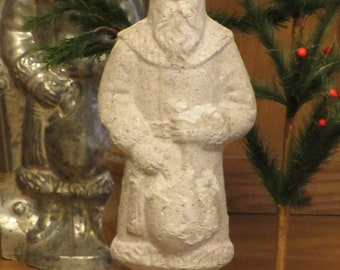 Unfinished paper mache Santa w/Bag in Front