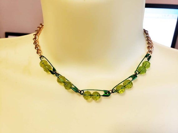 green SAFETY PIN bead choker NECKLACE gold chain glass beaded handmade jewelry