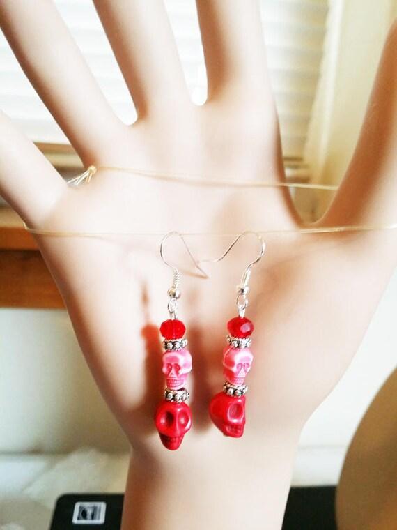 red skull head earrings sugar skull earrings turquoise skull bead dangles skeleton jewelry day of dead handmade halloween earrings