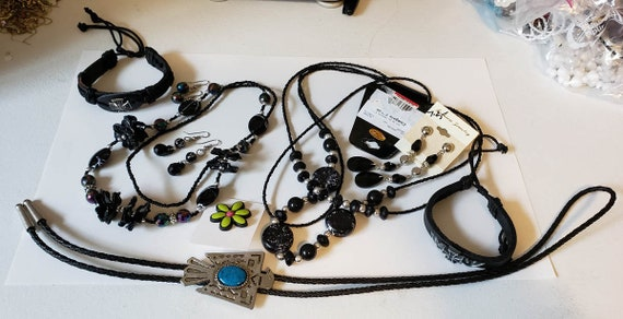black jewelry lot earrings necklaces pin bracelets 9 piece leather plastic glass