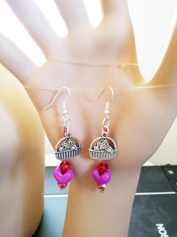 purple red cat in basket heart EARRINGS long dangle drops bead handmade animal cat jewelry