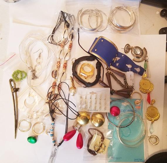 34 piece cheap broken jewelry lot necklace bracelets earrings metal plastic