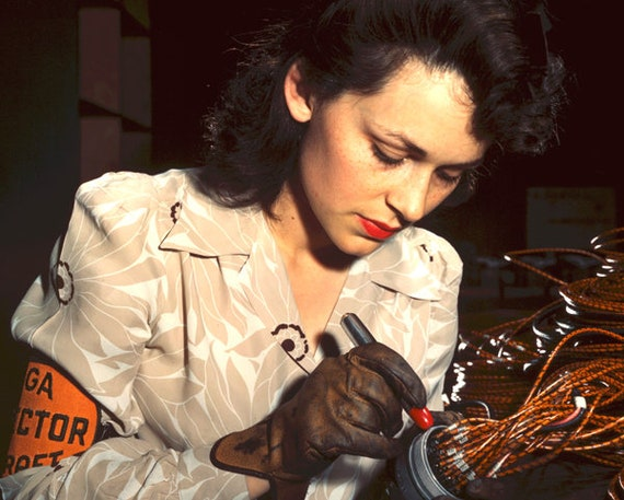 1940s woman work in factory war vintage color photograph print reproduction