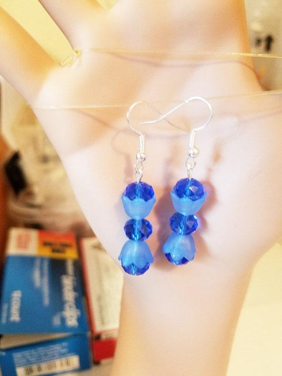 blue flower earrings bead drop dangles glass acrylic handmade jewelry