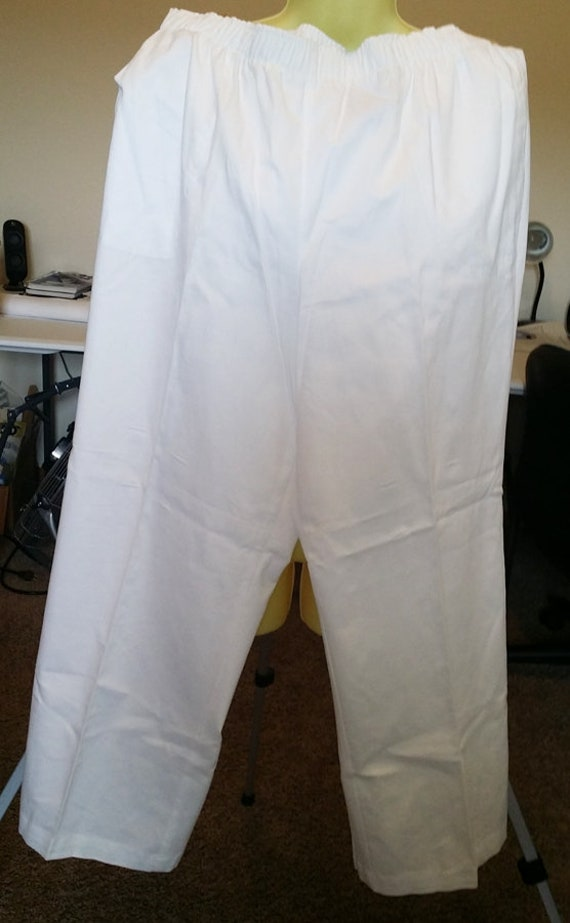 white slacks pants womens size XL 38 x 28 elastic waist summer clothing preowned summer clothing