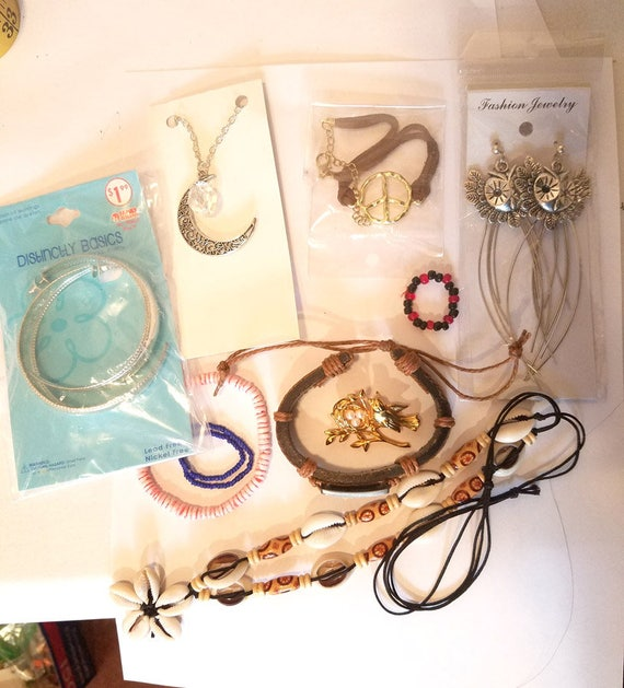 10 piece jewelry lot necklaces earrings braclets pin cords chains owl moon bird leather metal shell