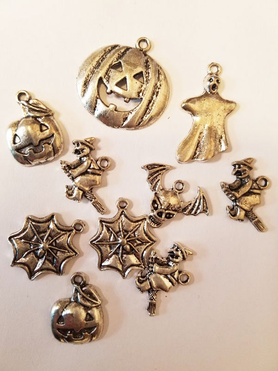 10 silver halloween metal charms pendants 15mm to 26mm bat skull goth jewelry
