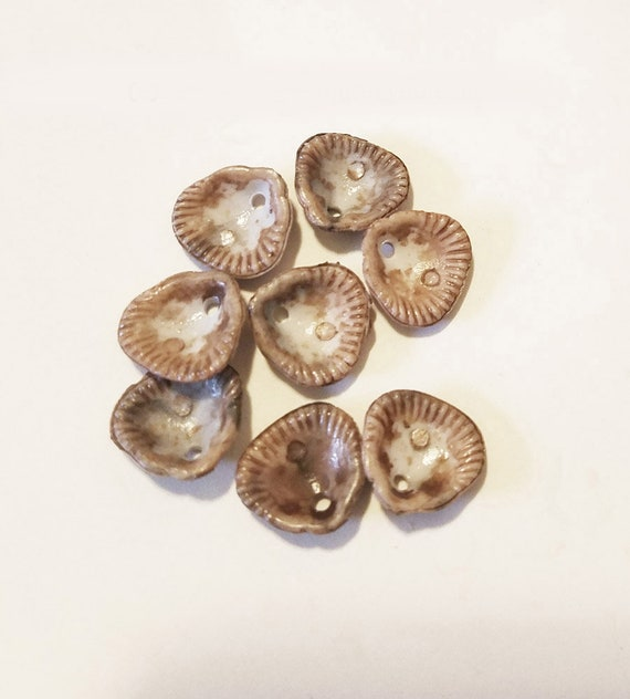 8 acrylic clam shell charms pendants plastic beige nautical beach jewelry supply