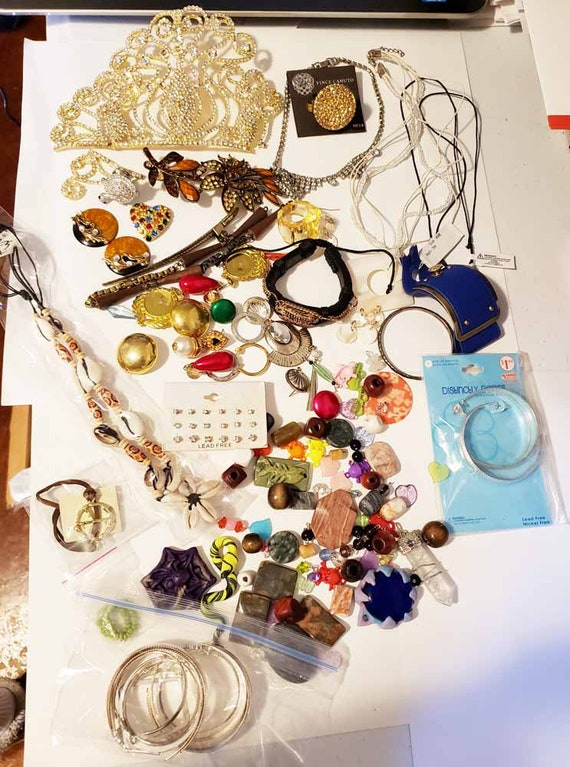 huge lot broken jewelry supplies beads charms rhinestone crystal jewelry making crafts metal clay stone