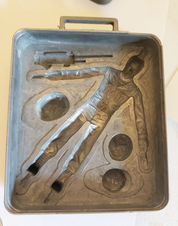 vintage metal mold army soldier vintage toys clay molds action figure mold mattel 1965 use for playdoh