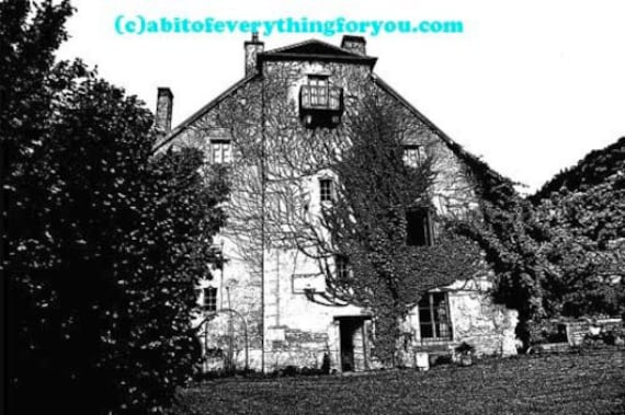 old creepy mansion house with Ivy printable art prints clipart png download digital image graphics downoadable landscape artwork