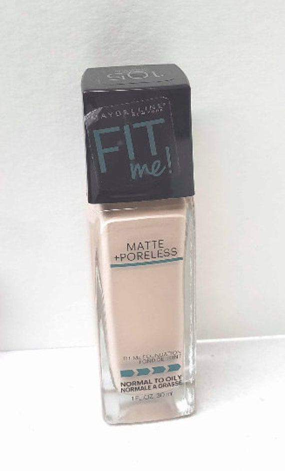 Maybelline Fit Me Matte poorless normal to oily fair ivory 105 foundation