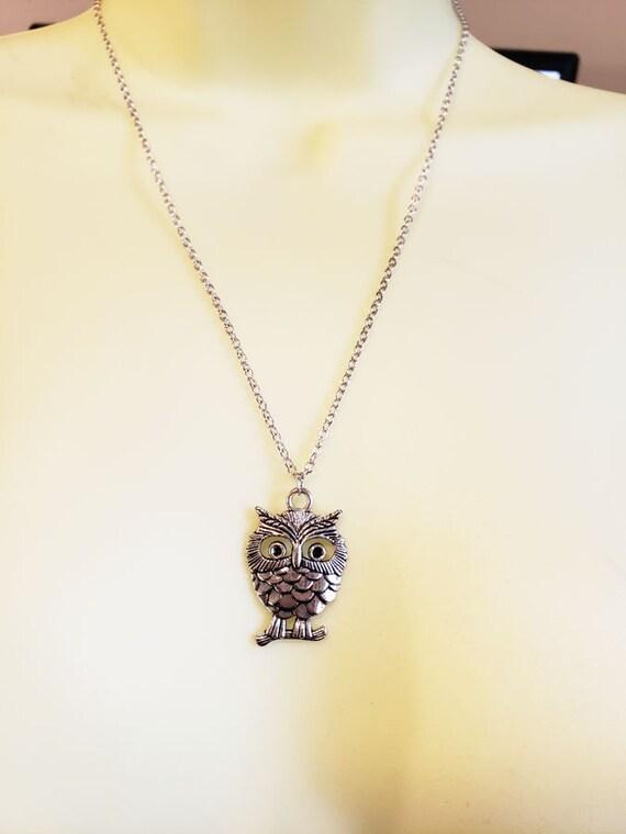 owl pendant bird necklace long metal silver chain minimal handmade animal nature jewelry