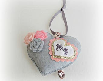 Mother of the Bride- Bridesmaid Wedding Heart - Hanging Ornament Decoration - Mum Gift - Mom Gift - Flower Heart - Personalised
