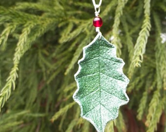 Holly Leaf Pendant Necklace