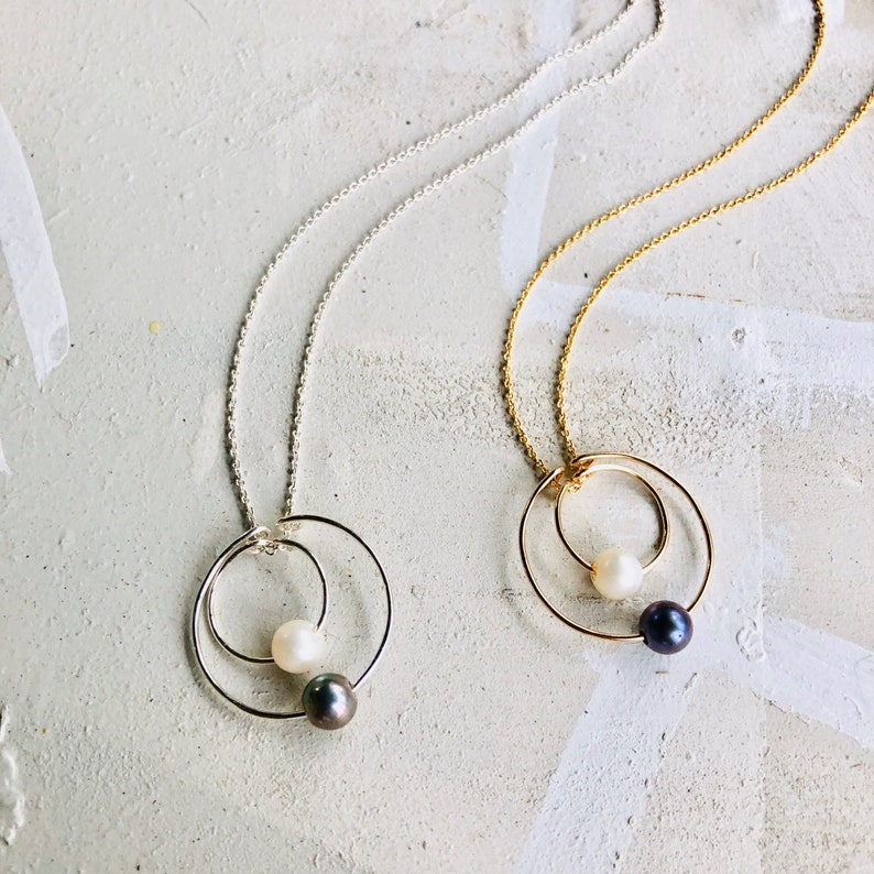 Two Circle Necklace Double Circle Necklace Black White Pearl image 0