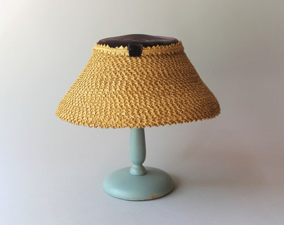 1950s Hat / 50s Vintage Straw Lampshade Summer Hat - image 3