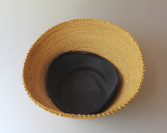 1950s Hat / 50s Vintage Straw Lampshade Summer Hat - image 6