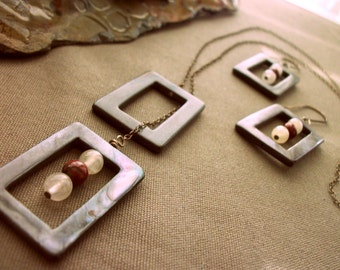 SALE Framed Necklace and Earrings Set